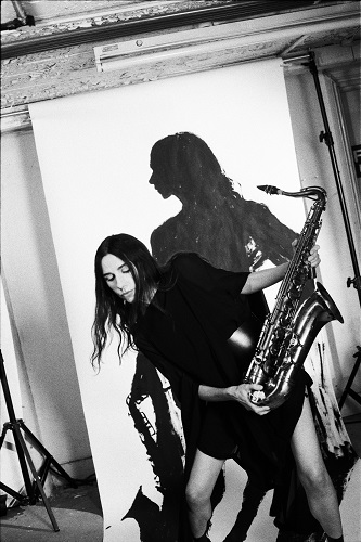 pj harvey 1_photo credit_maria mochnacz_000037740007_highres